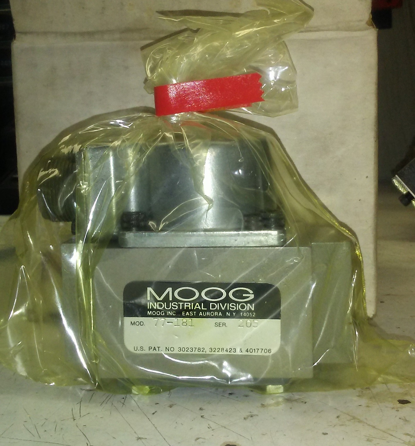 Moog 77 Series Valves